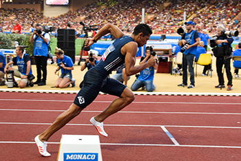 Description: Getty Wayde Tags: Wayde van Niekerk, IAAF World Championships, Michael Johnson, Prof Francis Petersen, 200 m/400 m double