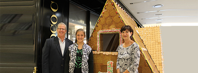 Schoolgirl builds giant Gingerbread house for Children's Win
